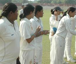 lucknow made ??record out eight runs in national women cricket tournament