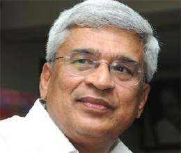 Article of prakash Karat on Hugo Shavez