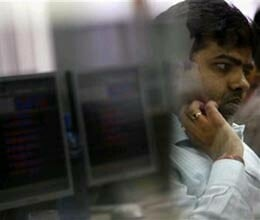 sensex closes on lower note