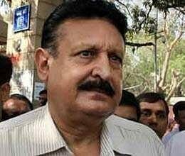 cbi conducts raids charges tejinder singh