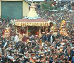 international dussehra begins in kullu