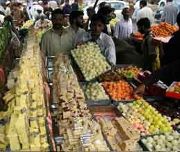 excitement of eid reached at its peak in srinagar