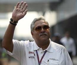 vijay mallya arrives at f1 venue