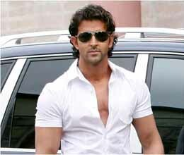 hrithik roshan to wave chequered flag at indian grand prix