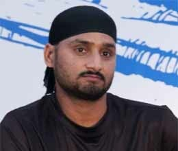 harbhajan seeks support for demonstration against delhi rape case