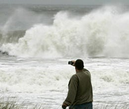 emergency in seven states of america due to sandy storm
