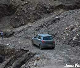 roads are in bad condition in himachal
