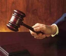 judge in trouble for 5 lakh dollar bribery case