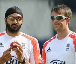 swan and panesar pair dominate India spinner