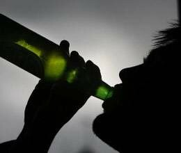 people drinking wine of three crore daily in himachal election