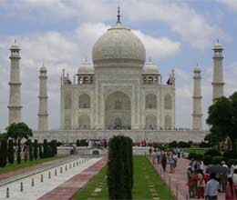 archaeological superintendent investigates taj mahal security