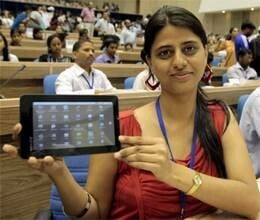 today aakash tablet will show in un