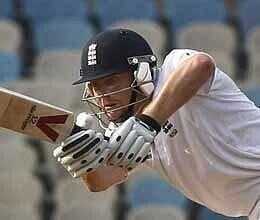 Bairstow, Morgan steady England XI