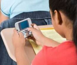children are being addicted to mobile internet