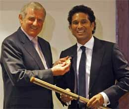 sachin tendulkar becomes second indian to get order of australia