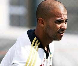 duminy out of australia series due to injury