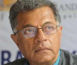 karnad calls rabindranath tagore second rate playwright