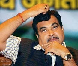gadkari to lead bjp protest march to pm house on nov 21