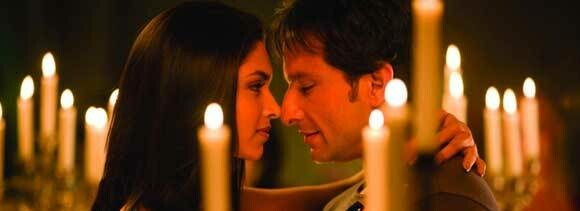 kareena tense as saif-deepika get closer in turkey