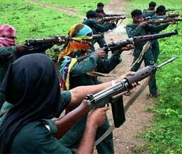 maoists attacked on police van, four dead