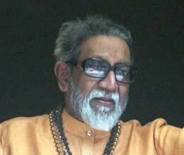 Shiv Sena and MNS face to face on monument of bal thackeray