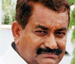 former minister ayodhya prasad pal may stuck in land purchasing