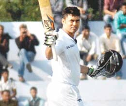 ranji update parvinder century edge of up