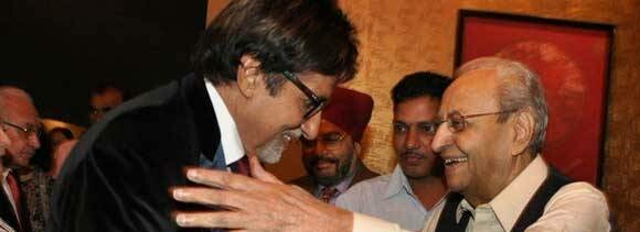 amitabh meets pran, says he is well