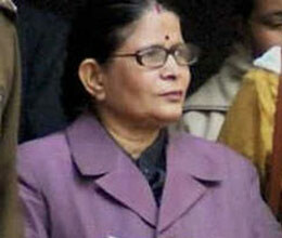 forme chief secretary of uttar pradesh neera yadav sentenced for 3 years