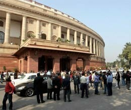 affray in parliament over fdi in retail
