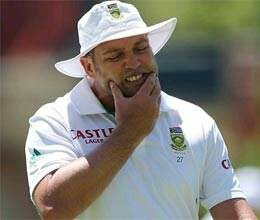 kallis uncertain to play in third test