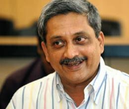 parrikar keeps vow enters multiplex after getting clean chit