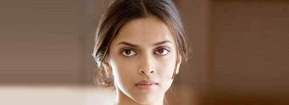 Deepika Padukone injured on 'Ram Leela' sets