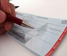 cheque signature mismatch may lead to criminal proceedings says SC