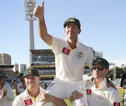 ponting ends 17 year career leaves as australia leading test batsman