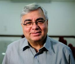 parthasarathy shome appointed adviser to chidambaram