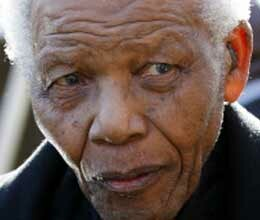 nelson mandela admitted to hospital