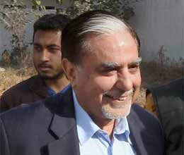 jindal sting police question subhash chandra and goenka for second day