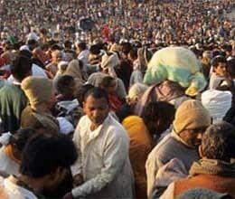 no proper arrangements for devotees in kumbh