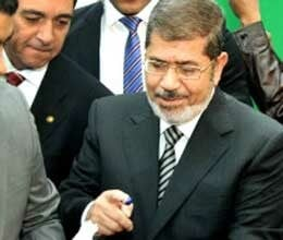 morsi is leading in early trend in egypt