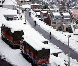 jammu-srinagar highway traffic restored