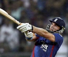 England won 2nd t20 match by 6 wicket