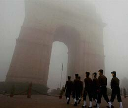 curfew like situation at india gate and vijay chowk in new delhi