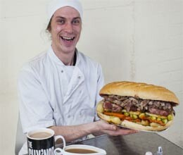 britain biggest sandwich contains one kilo of turkey