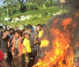 woman burned alive for witchcraft in papua new guinea