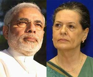 Sonia gandhi slams narendra modi on communal issue