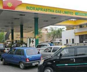 cng rate reduced 15 rupee per kg
