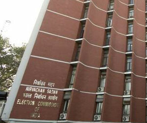 election commission will not ban opinion polls, wants centre to frame law