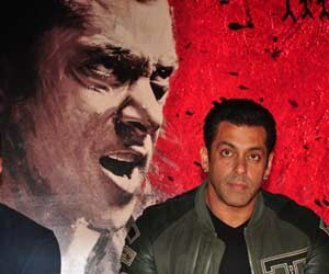 bomb in theatre running salman's movie