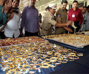 27 kg gold recover from mobile parsal box